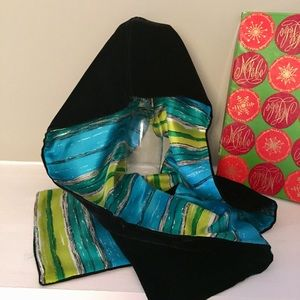 Vintage velvet scarf & box
